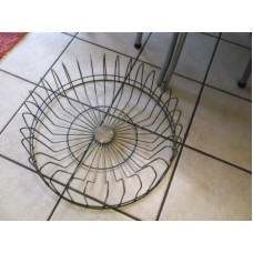 Beautiful Metal Plate  Rack- Round Holds 32 Plates   142816160323