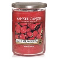 Yankee candle 22 oz Sweet Strawberry   323299958440